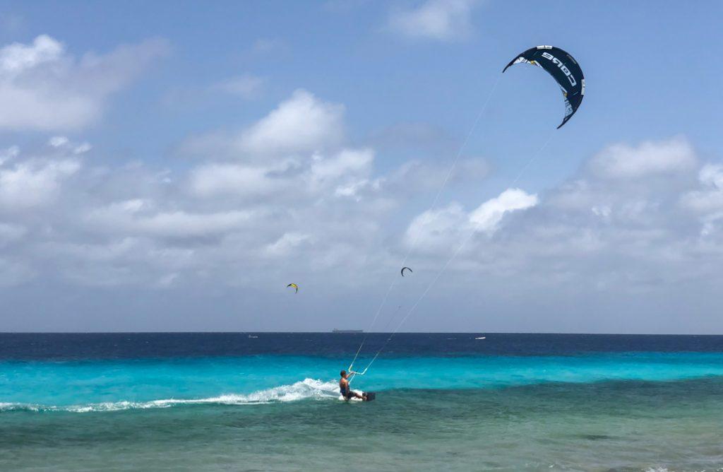 kitesurfen bij Atlantis Beach